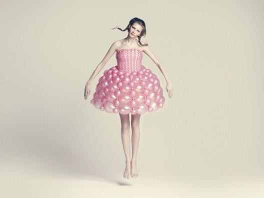 balloon dress by ria hosokai